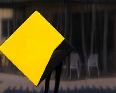 ASIC sues Commonwealth Bank for misleading conduct over monthly fees